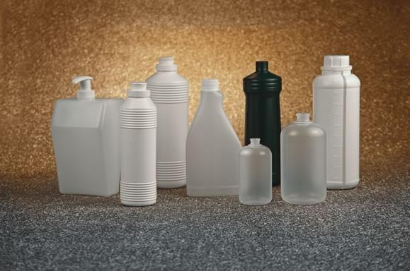Escolha bem as panelas e as vasilhas plásticas para preservar os alimentos