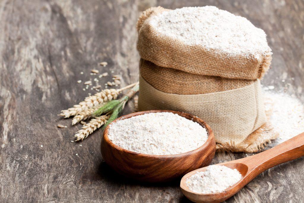 Farinha de trigo integral:veja seus benefícios e como utilizar