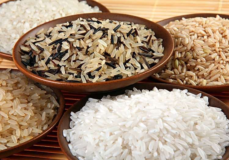 Tipos de arroz: conheça os grãos e dicas de preparo