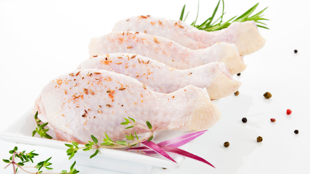 Rotulagem de produtos de carne crua suína e de aves